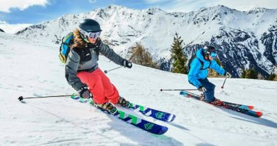 Women-All-Mountain-Skis