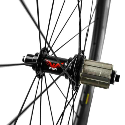 Eagle Lightweight Carbon Fiber Clincher Wheelset 3