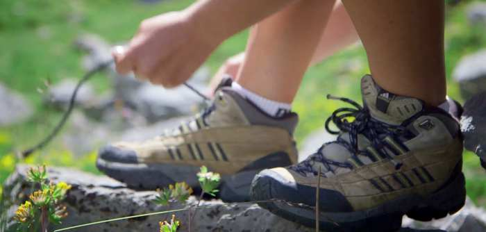 woman-hiking-shoes-