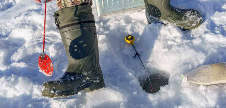 ice fishing boots